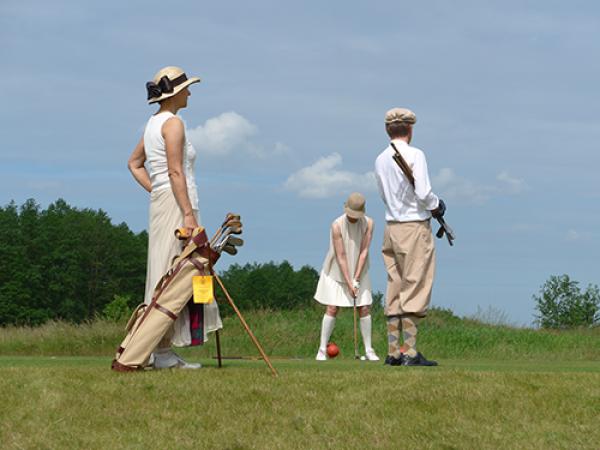Bay Kleinanzeigen: Golfbag Retro, Kleinanzeigen - Jetzt finden oder inserieren!